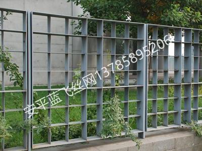 钢格板护栏-3.jpg