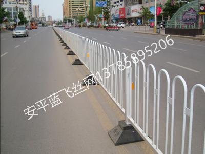 锌钢道路护栏-4.jpg